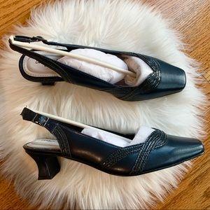 Easy Street Stunning Dress heel Pumps Shoes Navy